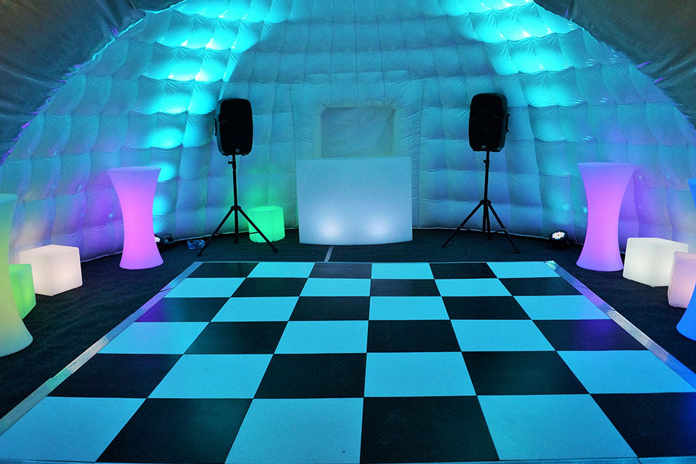 Inflatable_Event_Igloo-10